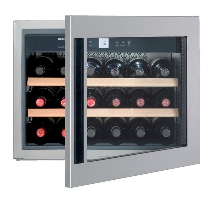 Vestavná chladnička na víno Liebherr WKEes 553